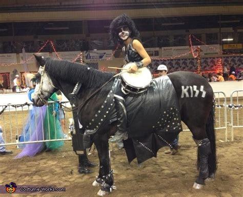 kiss horse costume photo