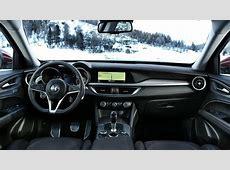Prova su strada Alfa Romeo Stelvio prova, dotazioni