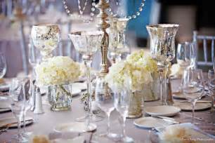 deco table ronde mariage wedding reception decor centerpiece vases mercury glass 4 onewed