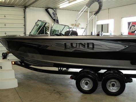 Lund Boat Accessories For Sale by Lund 2075 Tyee Boats For Sale