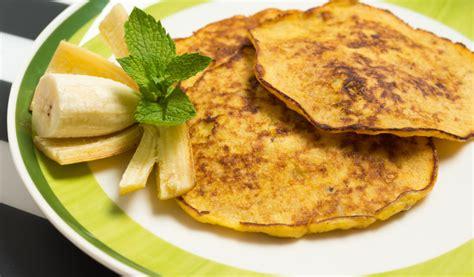 Receptes.lv - Ātrās, vienkāršās banānu pankūkas