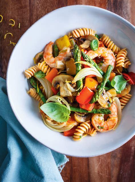 recette pates aux legumes  aux crevettes glouton