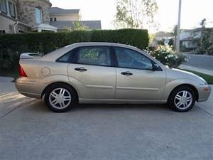 Buy Used 2002 Ford Focus 4