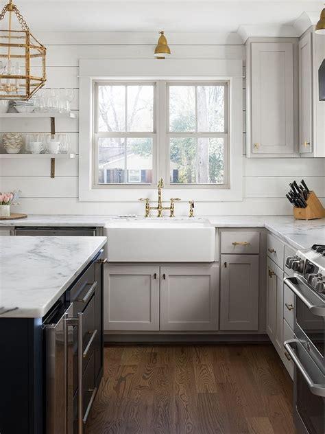 revere pewter  benjamin moore kitchen cabinet revere