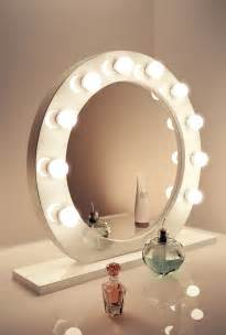 high gloss white round hollywood makeup mirror with warm