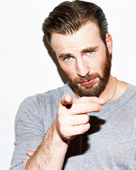 Happy Friday 😍 #chrisevans #handsome #beard   Chris evans ...