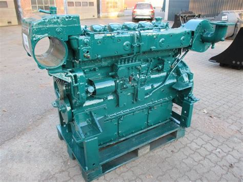 volvo penta tmdak  cyl motor engines  sale