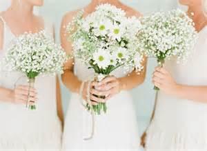 bouquet de fleurs pour mariage 10 bouquets de fleurs pétillants et colorés pour l 39 été mariage