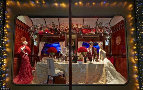 amazing christmas window displays  discount