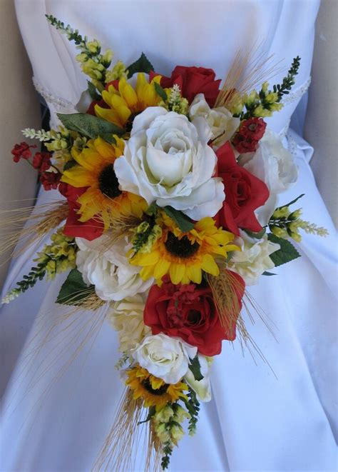 wheat wedding flowers western sunflower bouquet