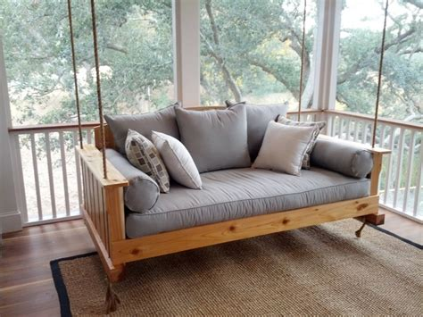 the daniel island swing bed