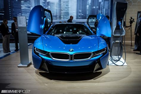 nyias bmw   protonic blue
