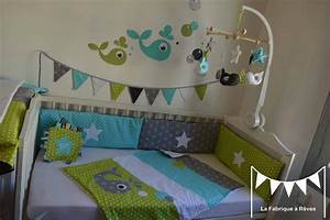 Chambre Enfant Blanc : chambre bebe taupe et vert anis ~ Teatrodelosmanantiales.com Idées de Décoration