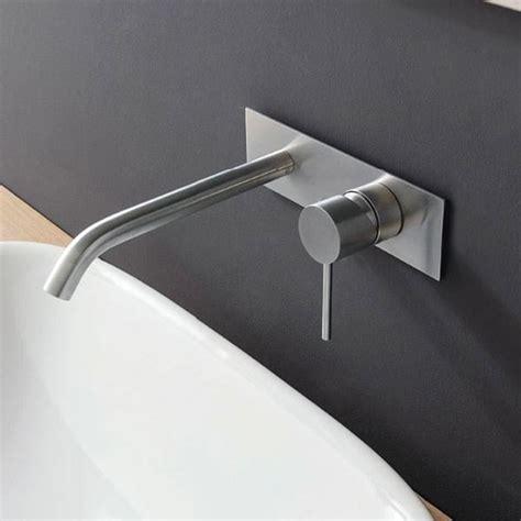 rubinetto a muro rubinetto a parete per lavabo con rubinetti a muro per