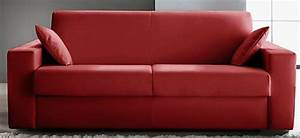 Canapé Rouge Convertible : canap convertible rev tement cuir rouge konia mod le 1 place ~ Teatrodelosmanantiales.com Idées de Décoration