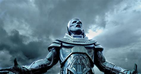 Bryan Singer Teases X-Men: Apocalypse's Alien Connections