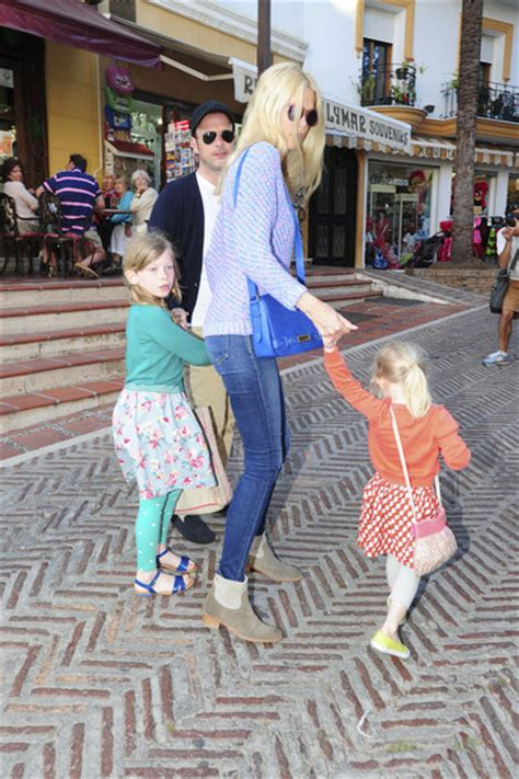 claudia schiffer and family claudia schiffer pictures claudia schiffer shops with