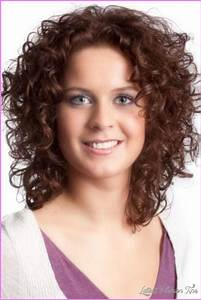 Curly Layered Haircuts Round Face