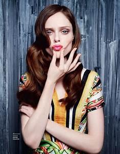 How to Pose Like a High Fashion Model: Photos