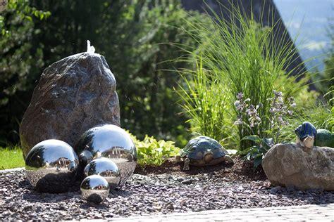 Spiele Mit Wasser Im Garten by Wasser Im Garten Gartenteiche Wasserspiele Brunnen Mehr