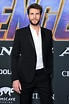 Liam Hemsworth Says He Wakes Up Singing in Mornings ...