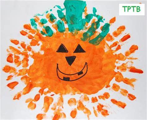 handprint pumpkins the preschool toolbox 421 | Handprint Pumpkins