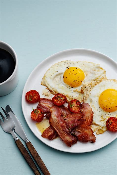 classic bacon  eggs diet doctor
