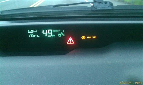 prius warning lights exclamation point toyota prius yellow exclamation point 2017 ototrends net