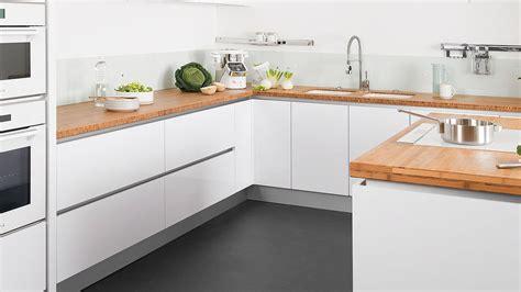 carrelage pour cuisine blanche carrelage pour cuisine blanche quelle couleur de credence pour cuisine blanche carrelage mural