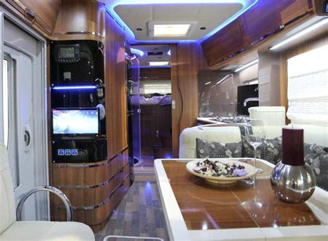Illuminare Parma Mobilvetta S Yacht Motorhome Al Top Cerlife