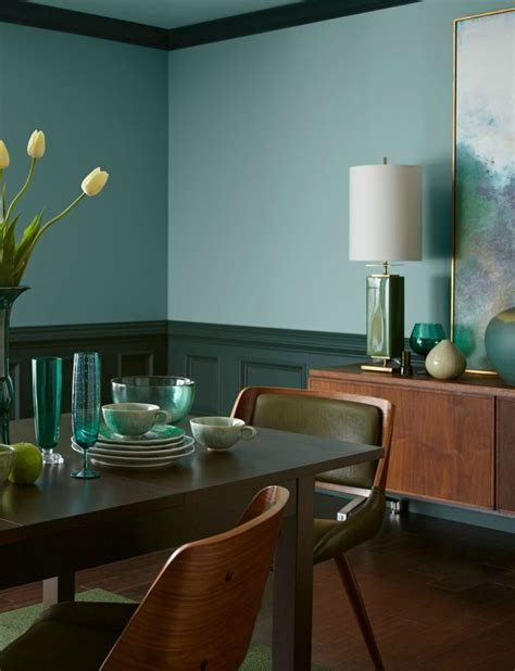 2018 colour of the year behr in the moment colour review