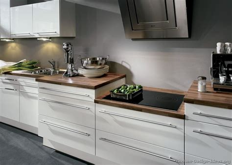 White Cabinets Countertops by Laminate For Countertops Is The Best And Most Practical