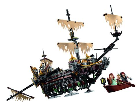 This Lego Pirates Of The Caribbean Ghost Ship Is Next Level