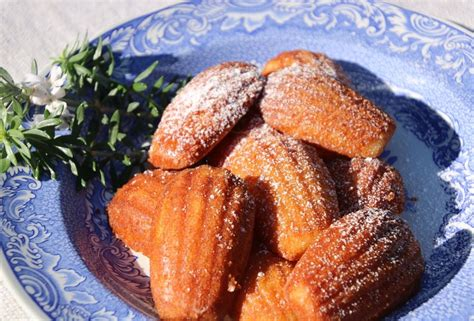 • when several adaline units are arranged in a single layer so that there are several output units, there is no change in how adalines are trained from that of a single adaline. Moist Madalines / French Madeleines Sifting Through Life - La muchacha por nombre de la ...