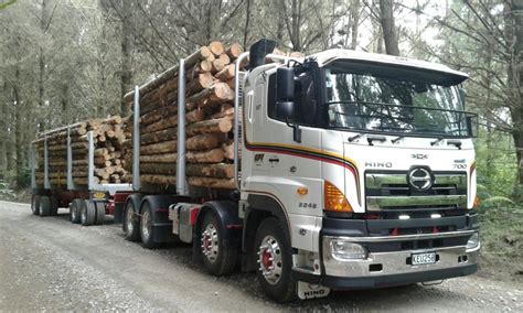 NZ Trucking. Hino, Truck of the month