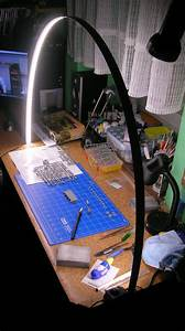 Model Painter Truly Re-thinks The Led Task Lamp