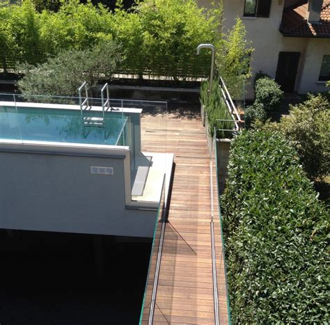 terrazzo in legno terrazzo con pavimento in legno per esterni ssl