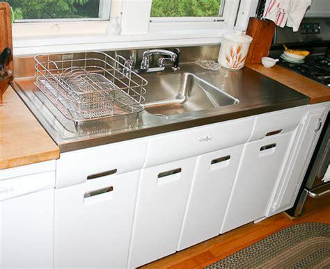 elkay faucets kitchen farmhouse drainboard sinks retro renovation