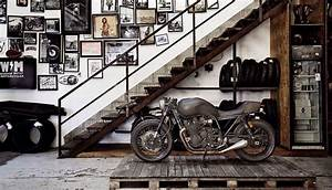20 Industrial Garage Designs To Get Inspired