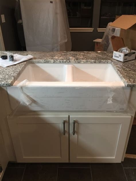 how should an undercount farmhouse sink be installed