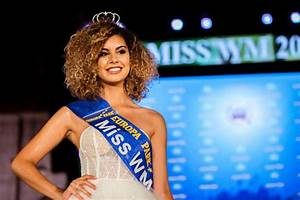 Sporty, Young and Beautiful: Miss World Cup 2018 Contest ...