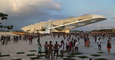 amazing design   uae pavilion  dubai world