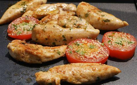 cuisiner la viande plancha d 39 aiguillettes de poulet marinées aux fourneaux