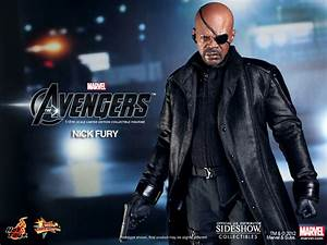 Nick Fury Sixth Scale Figure - Hot Toys ...
