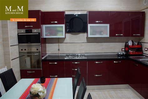 tv encastrable cuisine awesome cuisine encastrable et beige meubles et