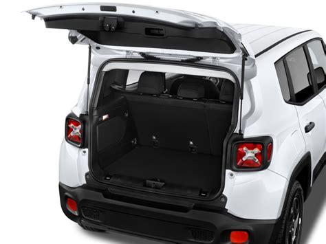 2015 Jeep Renegade Fwd 4-door Sport Trunk, Size