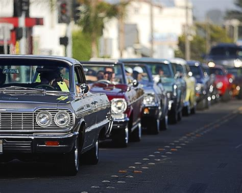 Tips For Organizing a Classic Car Cruise   Reader's Digest ...