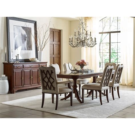 Kincaid Furniture Hadleigh Formal Dining Room Group
