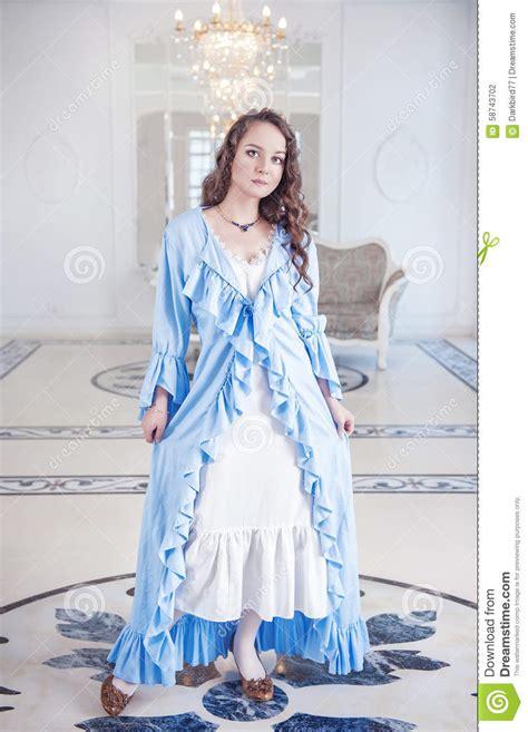 les plus belles robes de chambre femme dans la robe de chambre avec la vrille