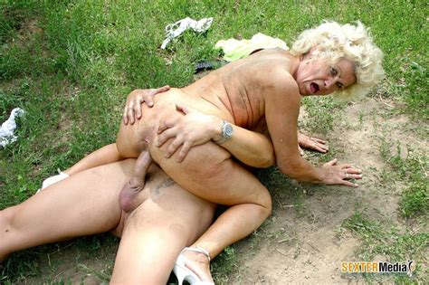 hairy pussy granny gets fucked hard outdoor xxx dessert picture 6